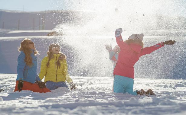 STATANMSM01730052 - Bataille neige - C.Cattin OT Val Thorens - 004