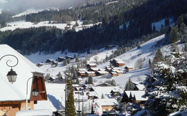 Chatel_village_hiver03