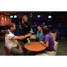 activité de montage Bowling : Bar du bowling du complexe