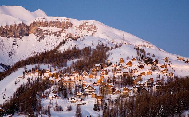 village hiver nuit