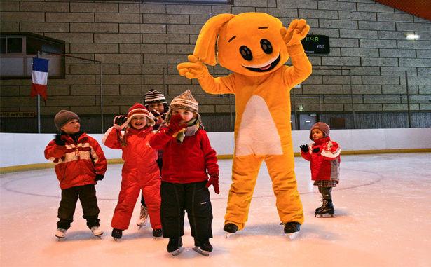 STATANMSM01630008 - w-patinoire-enfants