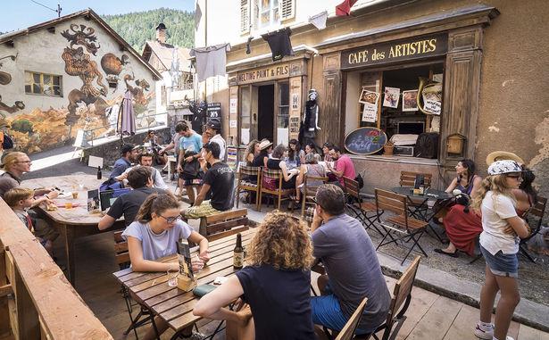 2016_-Cafe-Artistes--002�-Estelle-Perdu
