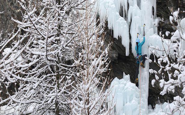Pelvoux-Vallouise - Cascade de glace